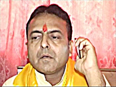 NANGE PAON SATYAGRAH,Social Worker , नंगे पांव सत्याग्रह करने वाले समाजसेवी राजेश सिंह सिसोदिया।